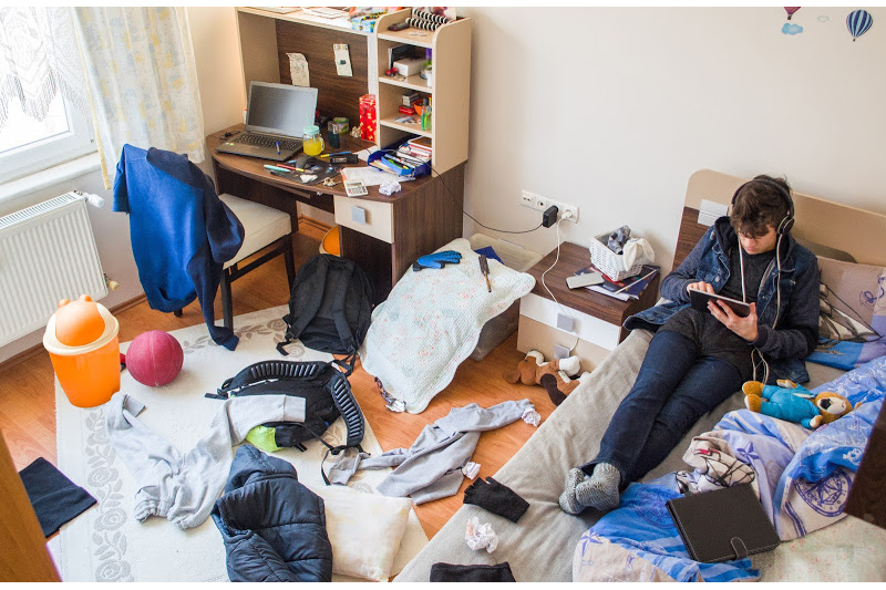 Reducing morning stress messy teenagers room